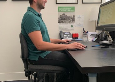 8 Tips to Better Posture at the Desk